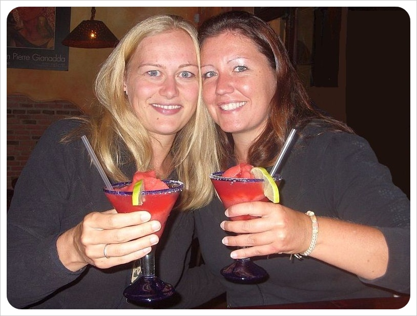 Dani and Jess in Antigua Guatemala 2010