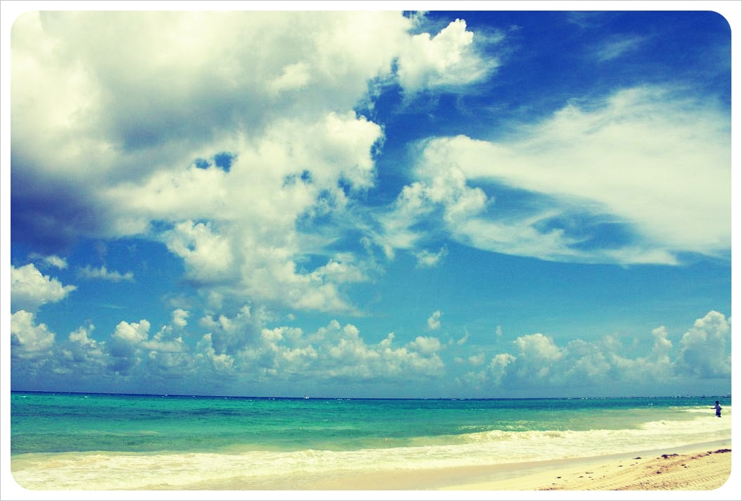 Beach & clouds