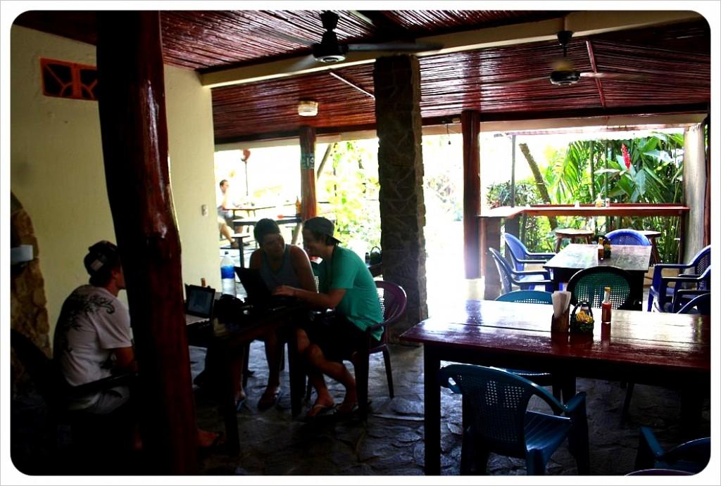 Costa Linda Backpackers Paradise Restaurant