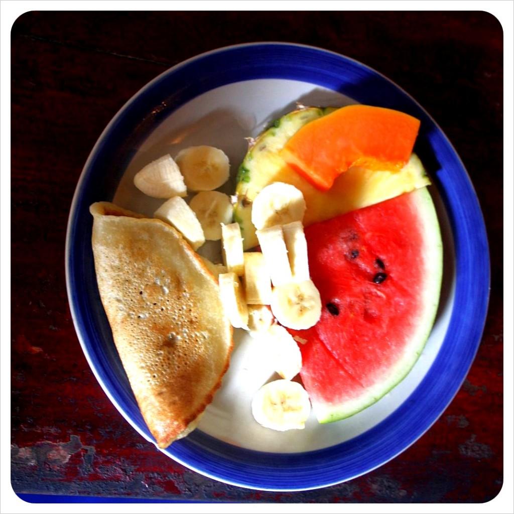 Hostel Breakfast at Costa Linda Manuel Antonio