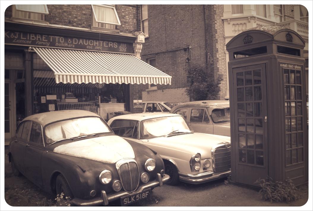 London phone booth & vintage cars