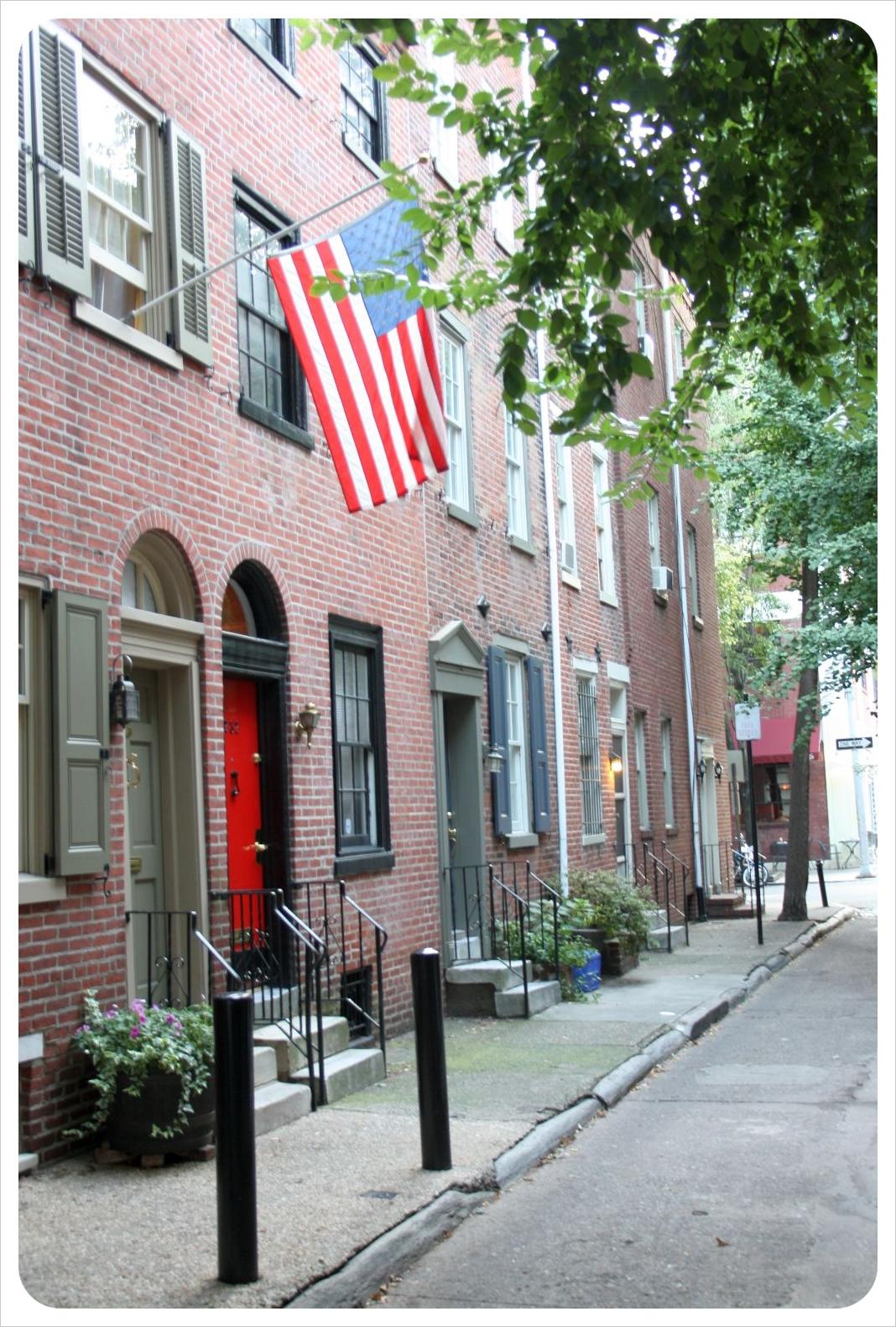 philadelphia brick houses