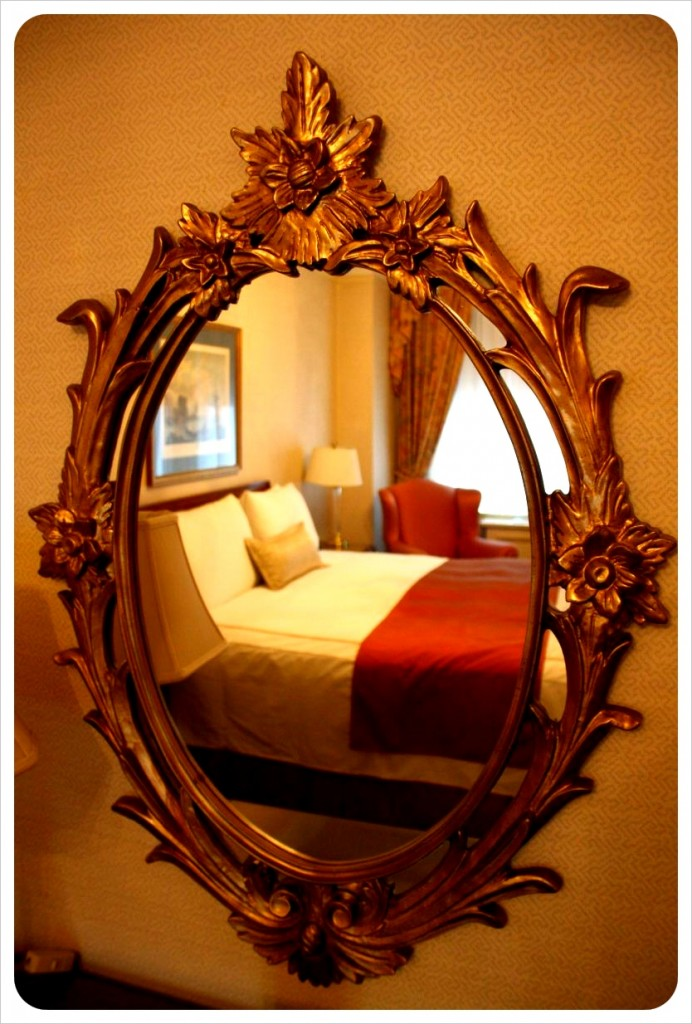 hotel elysee new york bed