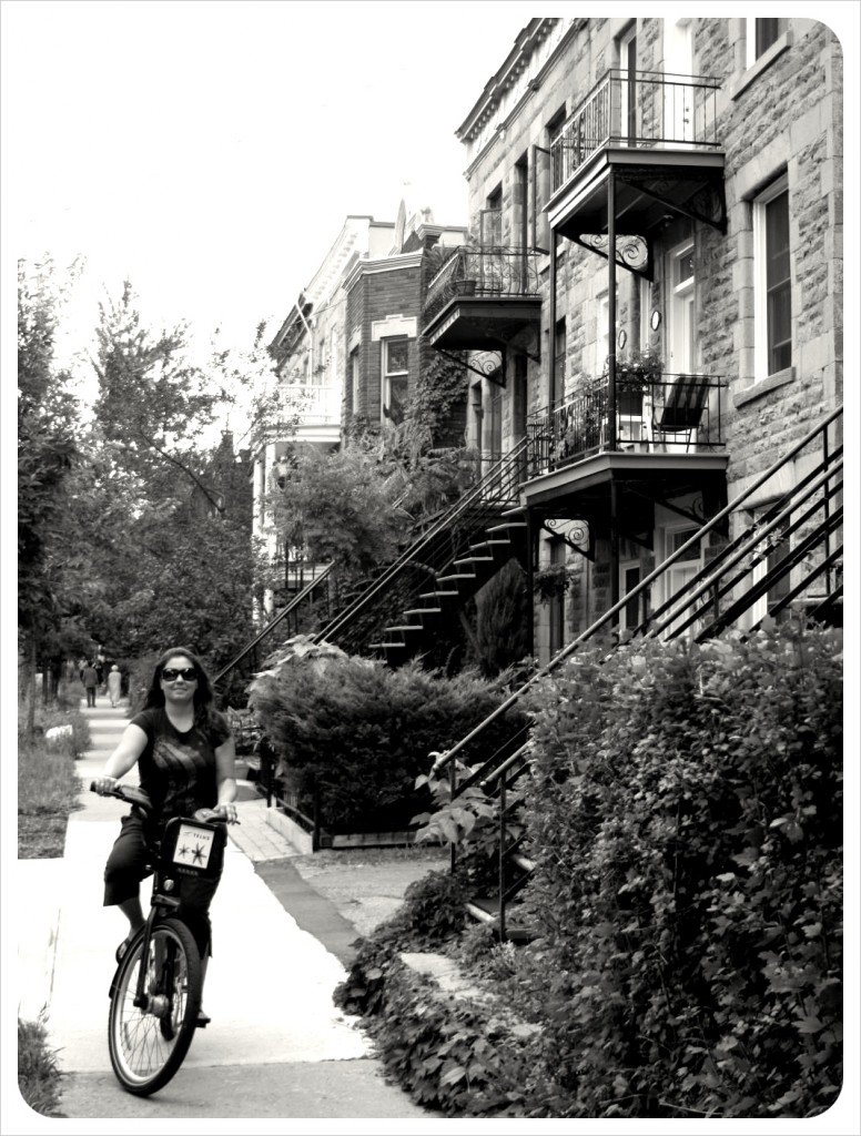 jess on bike in montreal