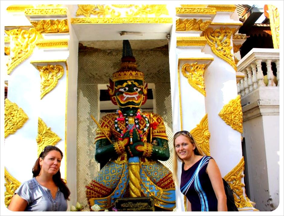 dani & jess at doi suthep temple chiang mai