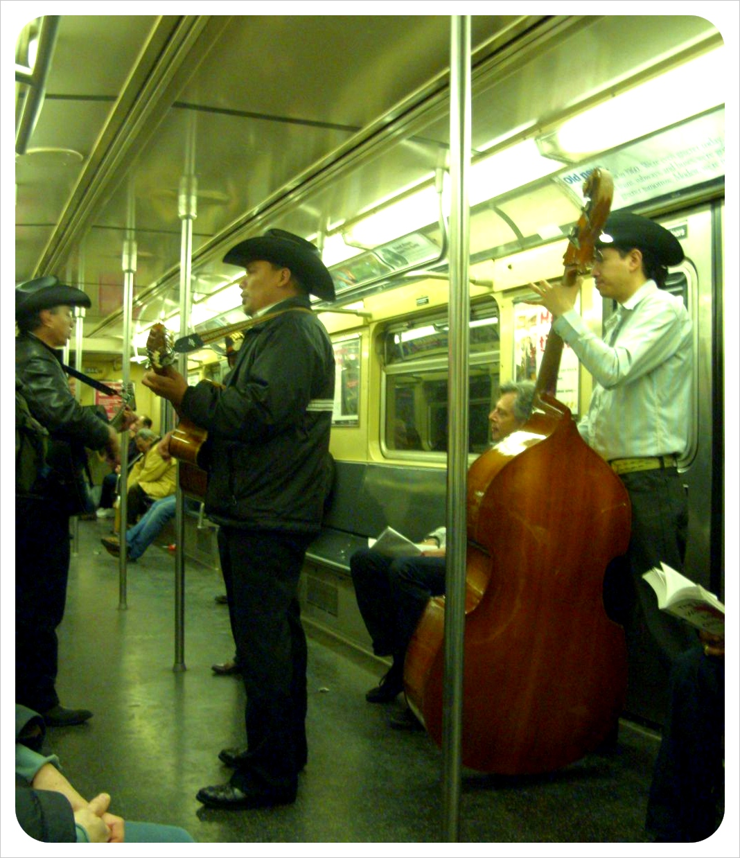 mariachi band subway new york city