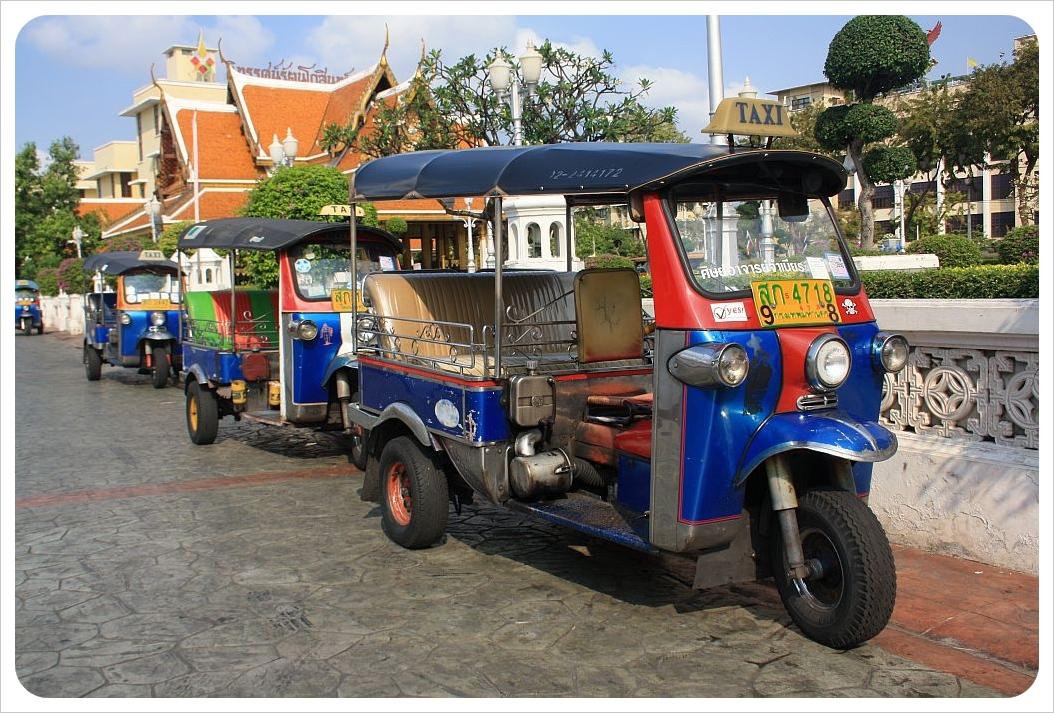 tuktuks in bangkok