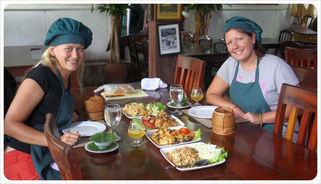 dani & jess eating at tum tum cheng