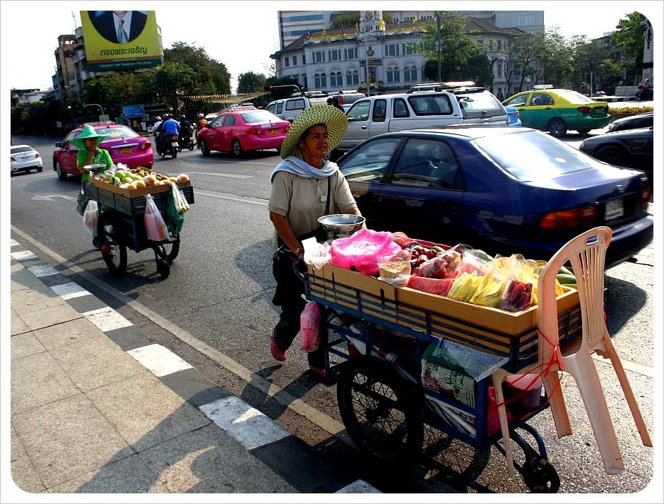 bangkok street food carts