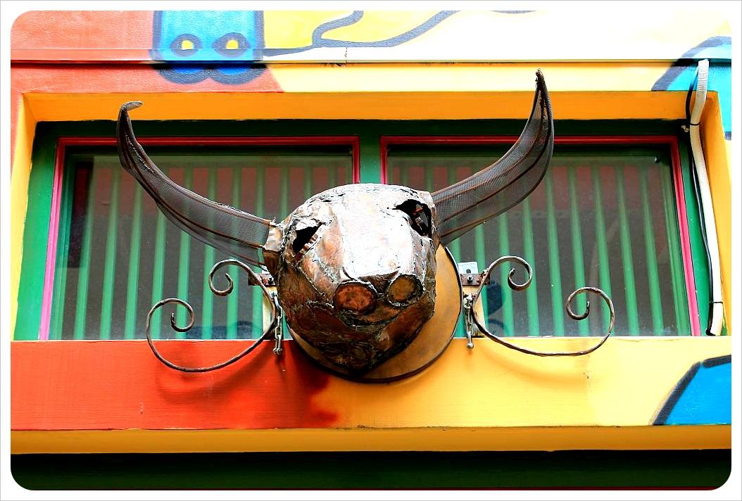 kampong glam bull