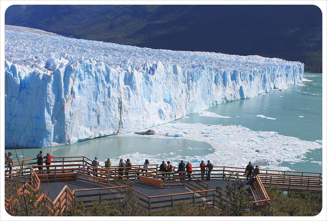 perito moreno glacier viewing platform