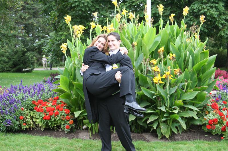 Wedding-Hold