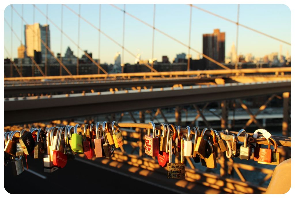 brooklyn bridge lovelocks