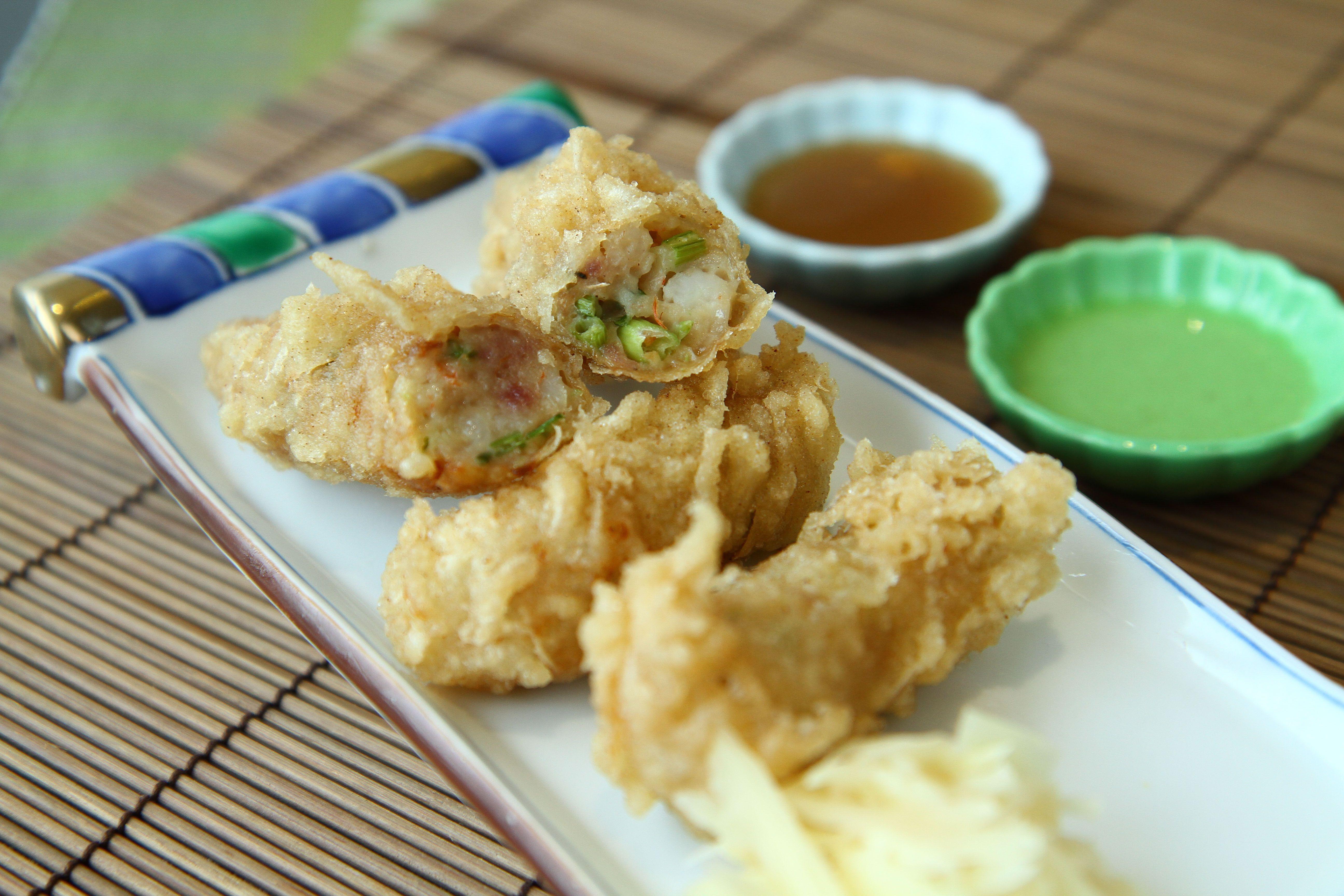 Chou's Shrimp Rolls