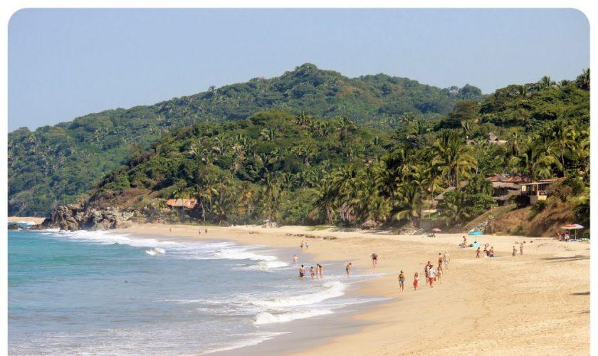 sayulita beach mexico1