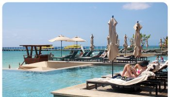 grand hyatt playa sun loungers