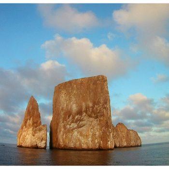 galapagos kicker rock1