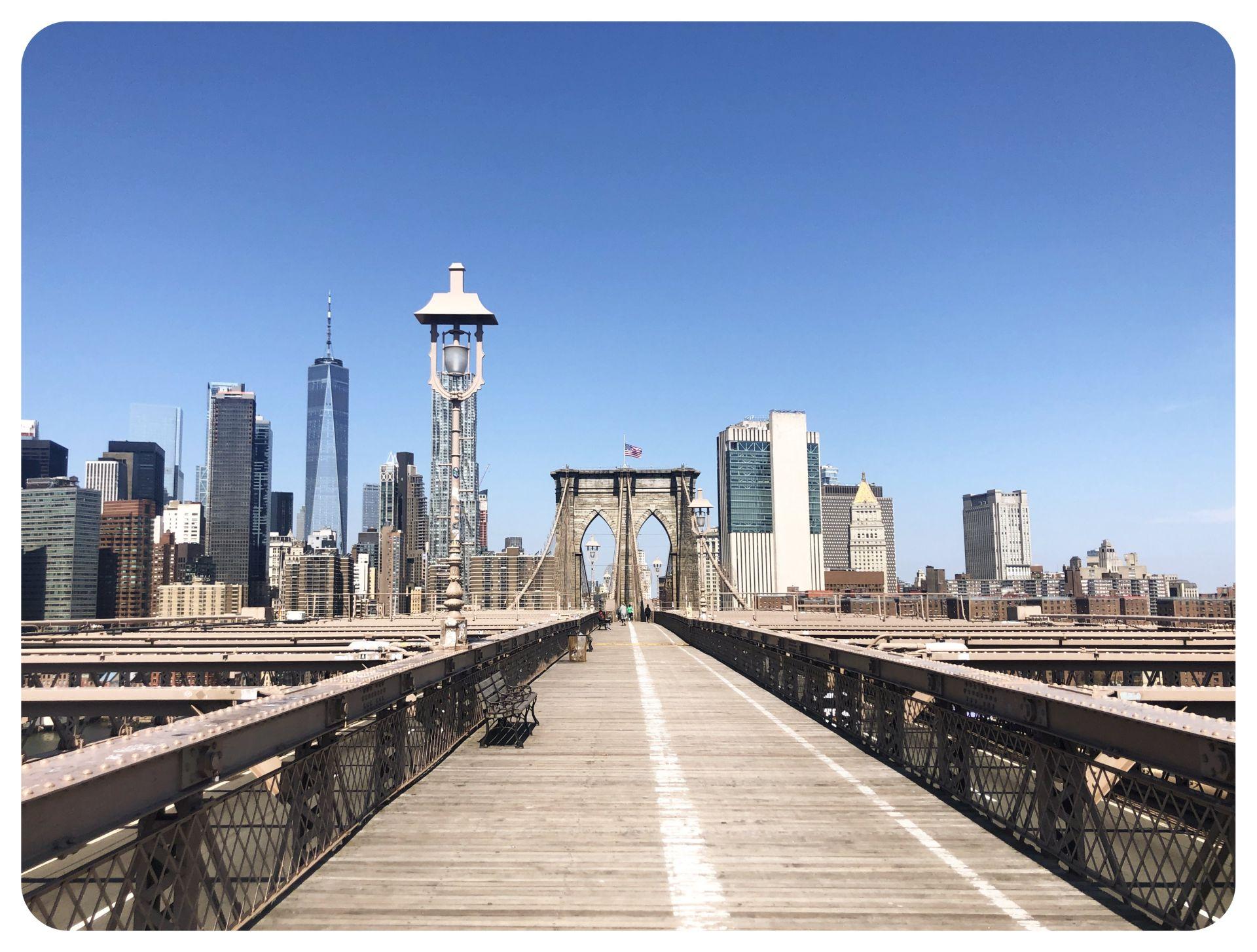 deserted brooklyn bridge